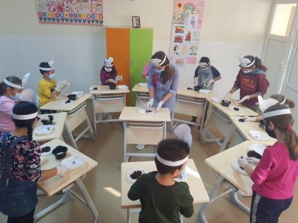 """Invitaţie la fapte bune: Centrul de Tineret """"The Spot"""" adună donaţii pentru nevoiaşii din Oradea"""