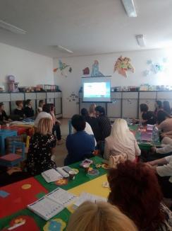 Educatoarele de grupă mică din Oradea, schimb de experienţe şi cunoştinţe (FOTO)