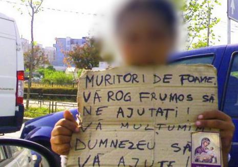 Trei tineri din Bihor, forţaţi să cerşească și să se prostitueze. Agresorii au fost prinși