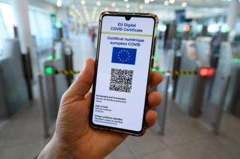 Trecerea frontierelor UE: Din 13 august adeverinţele nu mai sunt valabile, ci doar certificatul digital european