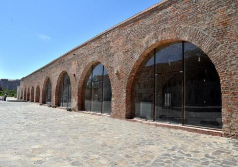 Primăria vrea să scoată la licitaţie nouă spaţii de alimentaţie publică din Cetatea Oradea