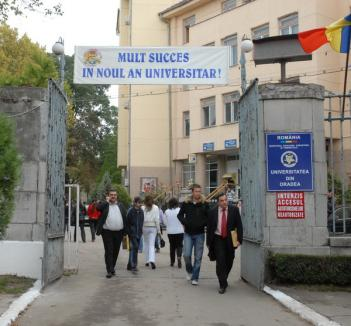 46 de diplome anulate la Universitatea din Oradea