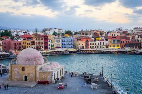 Orădeni, plecăm în Grecia! Christian Tour lansează curse directe Oradea – Insula Creta (Chania)