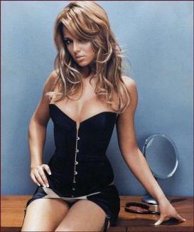 Cheryl Cole, ofertată cu un 1 milion de dolari ca să se dezbrace