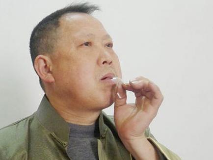 Delicatesele unui chinez sunt becurile 'crocante'