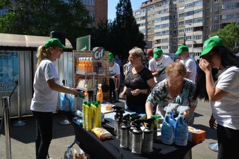 În frunte cu jurnalistul Lucian Mîndruţă, voluntarii CIF au spălat pasajul de pe Bulevardul Dacia (FOTO/VIDEO)