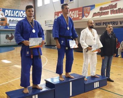 Bogoşel versus Ciprian: Doi orădeni și-au disputat o finală la CN de judo MAI de la Vaslui