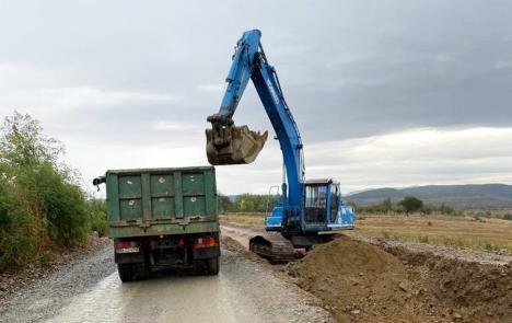 Atenţie, lucrări! Traficul pe DN 76 între Hidişelu de Sus şi Copăceni va fi deviat timp de o lună