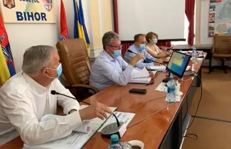 Consiliul Judeţean Bihor a desfiinţat controversata Direcţie de Dezvoltare şi Implementare Proiecte (VIDEO)