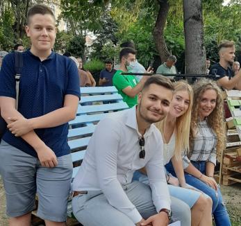 Vrem burse! Consiliul Judeţean al Elevilor Bihor le cere candidaţilor la Primăria Oradea să-şi asume că vor recompensa elevii