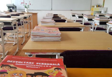 Bilanţ la 10 zile de la debutul anului şcolar în Bihor: Peste 1.100 de elevi învaţă online, din cauza infecţiilor cu Covid-19