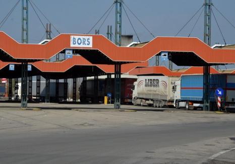 Printre camioane: Un bihorean a vrut să fugă din ţară cu fiica şi nepoţica, printre TIR-urile ce aşteptau în vama Borş