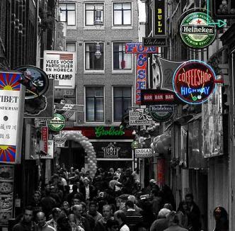 """Olanda interzice vânzarea """"ierbii"""" pentru turişti"""