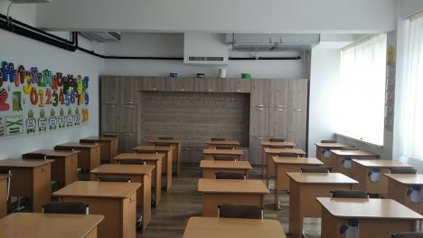Elevii Colegiului Naţional Onisifor Ghibu vor învăţa într-o şcoală dotată cu panouri fotovoltaice şi schimbătoare de căldură (FOTO)
