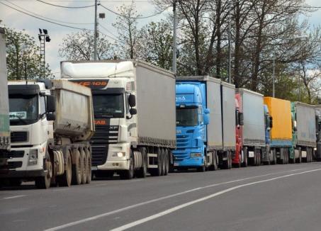Atenţie, şoferi! Restricţii de trafic pe drumurile naţionale din Bihor şi restul judeţelor sub cod portocaliu de caniculă