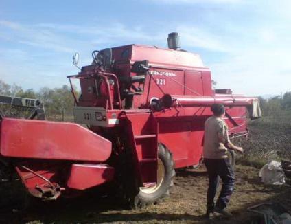 Afacerişti din Mădăras, anchetaţi pentru evaziune la importul unei combine