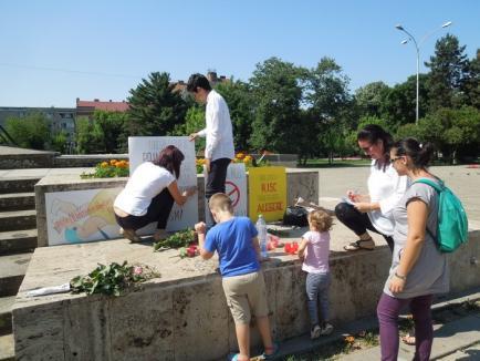 """Antivaccinistele au comemorat victimele imunizării, acuzând un deces chiar în Oradea: """"Dacă vaccinarea devine obligatorie, plec din ţară!"""" (FOTO)"""