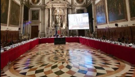 Raport critic al Comisiei de la Veneția. Iohannis cere demisia Ministrului Justiției