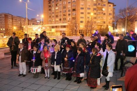 """""""Bucuria este adevăratul dar al Crăciunului"""": Compania de Apă Oradea a dat startul sărbătorilor de iarnă (FOTO)"""