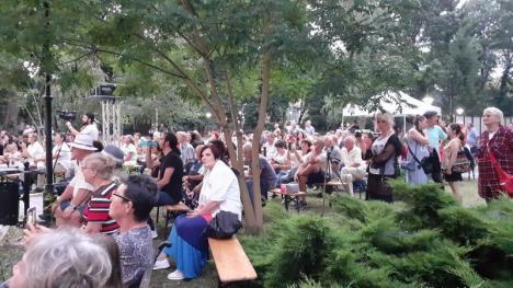 O şansă păcii: 300 de orădeni s-au bucurat de concertul 'Give peace a chance' (FOTO / VIDEO)