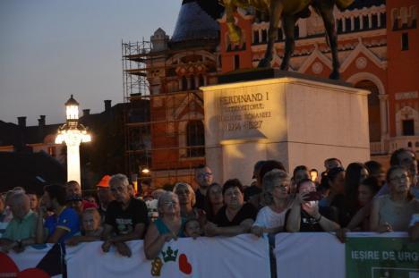 Havasi Symphonic: Pianistul cu alură de rockstar a ţinut un concert de zile mari la Oradea (FOTO / VIDEO)