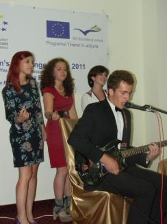 Orădenii din Parlamentul European al Tinerilor au încercat să găsească soluţii la criza balcanică