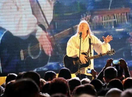 Concertul lui Ştefan Hruşcă închide sâmbătă traficul auto pe toate străzile importante spre Piaţa Unirii