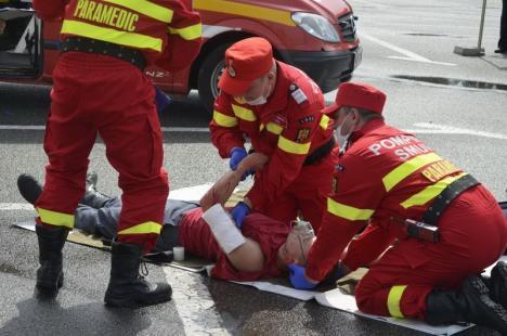 Pompierii bihoreni, cei mai buni din regiune la descarcerare şi acordare de prim ajutor calificat (FOTO)