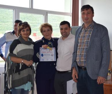 Elevi din zece județe s-au întrecut la Șuncuiuș într-un concurs de educație rutieră organizat de polițiștii bihoreni (FOTO)