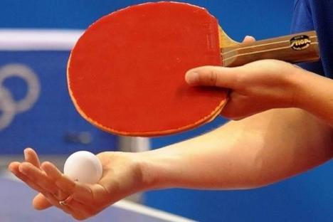 Orădenii, invitaţi duminică la tenis de masă la ERA Park