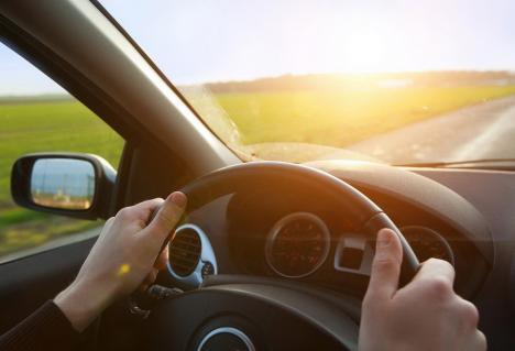O decizie discutabilă: Instanţele nu vor mai putea analiza suspendarea dreptului de a conduce