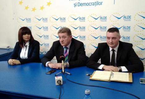 ALDE Bihor se bucură că Mălan va candida la şefia CJ: 'Pe Cornel Popa îl ştiu şi câinii de prin comune'