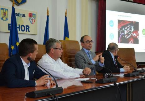 Pasztor i-a promis şefului Renault-Dacia România să finanţeze prin Consiliul Judeţean 9 staţii pentru încărcarea maşinilor electrice