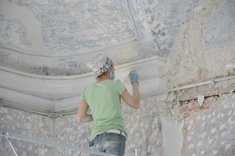 'Suntem la 20%': Episcopia Romano-Catolică a prezentat stadiul lucrărilor de restaurare a Palatului Baroc (FOTO)