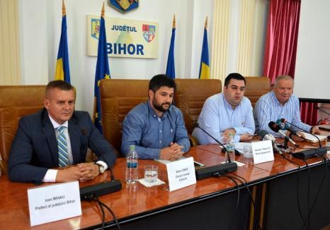 """Noi promisiuni pentru infrastructura rutieră şi feroviară din Bihor: Ministrul Transporturilor afirmă că a """"deblocat"""" toate proiectele"""