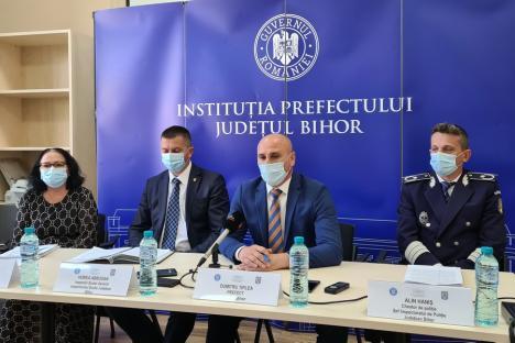 Toţi elevii din Bihor se întorc în clase. În ce condiţii orele se vor muta pe internet (VIDEO)