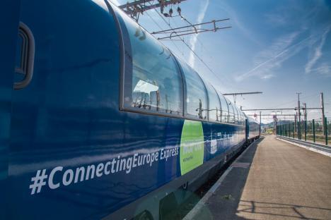 Trenul Connecting Europe Express, care călătoreşte în toată Europa, ajunge săptămâna viitoare la Oradea (VIDEO)
