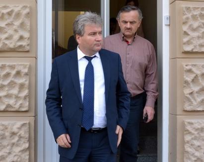 Rectorul Bungău, ex-decăniţa Chipea şi psiholoaga Dindelegan au scăpat de controlul judiciar