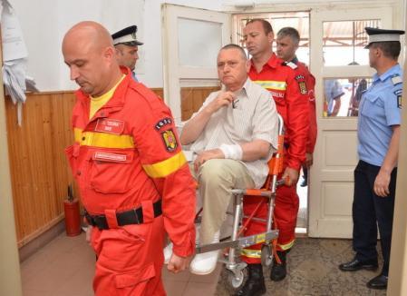 """Pedeapsă blândă pentru """"împăratul şpăgilor"""" de la Medicină: Romanul a fost condamnat la 2 ani de închisoare cu suspendare"""