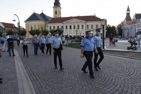 Bihorenii, cuminți în pandemie: Prima seară în care polițiștii bihoreni au verificat respectarea regulilor anti-Covid pe terase s-a lăsat cu două avertismente