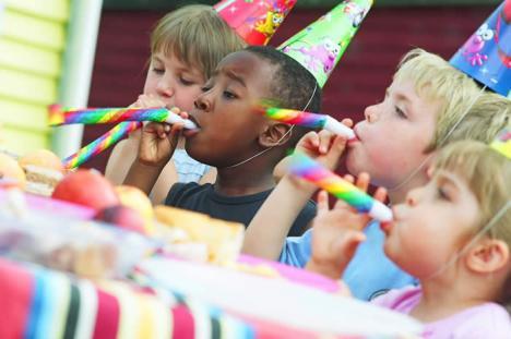 Începe Revelionul Copiilor