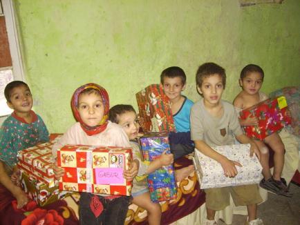 Fă un cadou de Crăciun celor nevoiaşi!