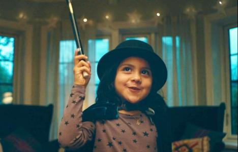 Premii pentru copii talentaţi: Micuţii bihoreni sunt provocaţi să se filmeze în timp ce cântă, dansează sau fac trucuri de magie