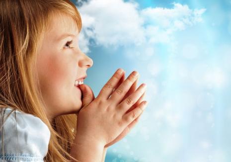 Textul rugăciunii 'Tatăl Nostru' va fi modificat. Un vers a stârnit controverse
