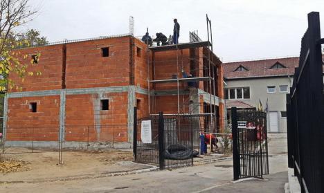 Se lucrează la noul corp de clădire al Grădiniței 53 din Rogerius. Va fi gata vara viitoare (FOTO)