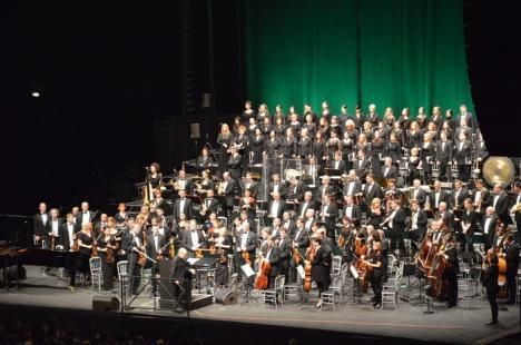 Sold out la Carmina Burana în Oradea! La cererea publicului, Filarmonica ține joi un al doilea concert