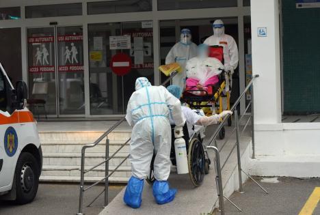 Nou RECORD de îmbolnăviri Covid în Bihor, al treilea în această săptămână: 134 noi cazuri. S-au înregistrat şi trei decese