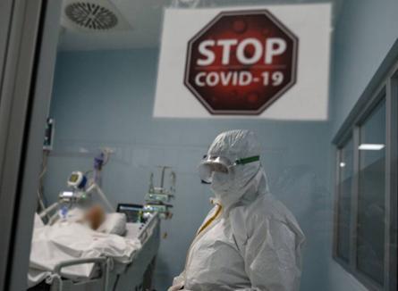 Peste 300 de cazuri noi de îmbolnăvire cu Covid-19 în România, din care3 în Bihor
