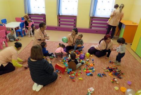 Înscrierile la creşele din Oradea se fac doar online. Care sunt documentele de care au nevoie părinţii şi unde trebuie să le trimită