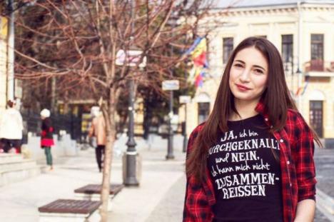 Crimă şocantă: Fată de 18 ani, înjunghiată şi abandonată. Ucigaşul are 16 ani!